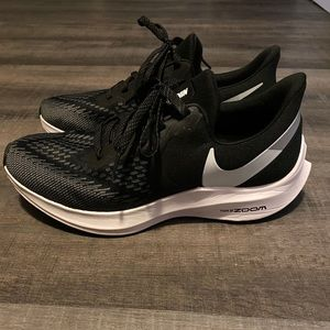 Nike women's zoom shoes